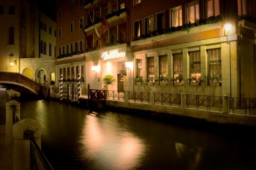 Hotel Papadopoli Venezia - MGallery by Sofitel photo 17