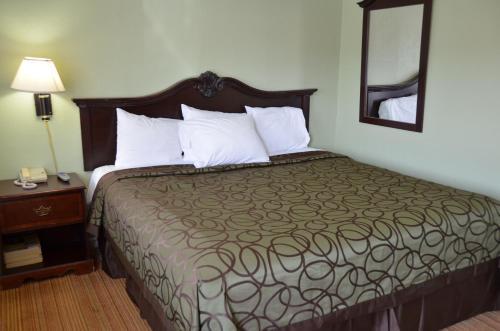 Tamalpais Motel Photo