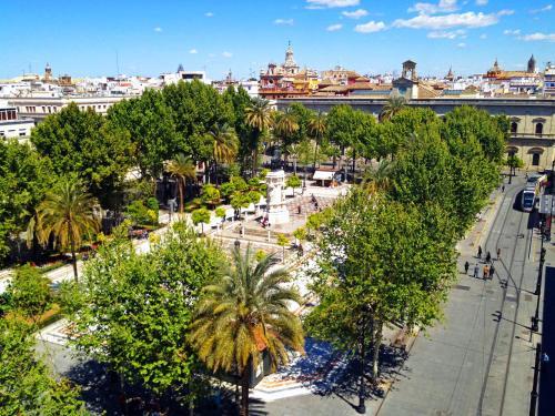 Plaza Nueva, 7, 41001 Sevilla, Spain.