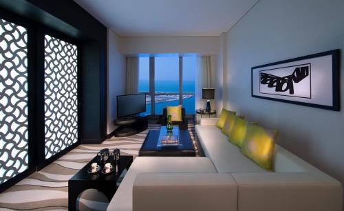 Sofitel Abu Dhabi Corniche photo 15