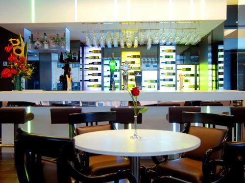 Stanford Hotel Hong Kong photo 5