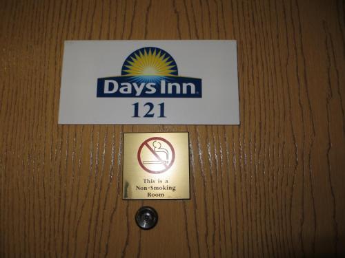 Days Inn By Wyndham Custer - Custer, SD 57730