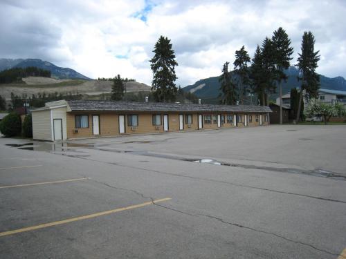 Mary's Motel Photo