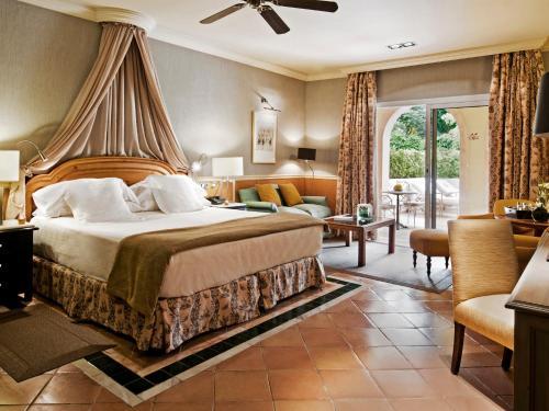 Gran Hotel Bahía Del Duque Resort - 19 of 51