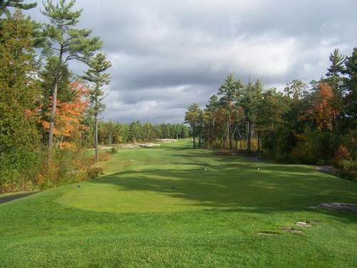 Rocky Crest Golf Resort - MacTier, ON P0C 1H0