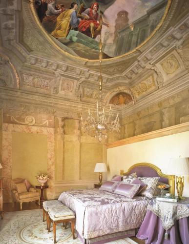 Borgo Pinti 99, Florence, 50121, Italy.