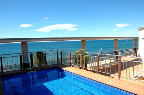 Apartamentos las palmas vii salou costa dorada catalonia rentals and resorts - Apartamentos puerto rico las palmas ...
