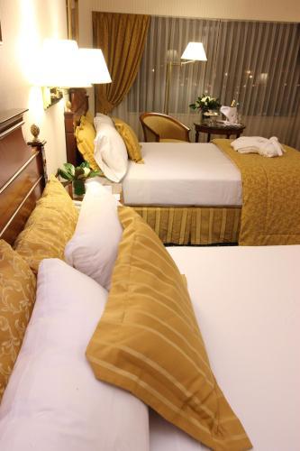 Emperador Hotel Buenos Aires photo 14