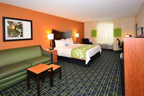 Fairfield Inn & Suites Jefferson City Photo