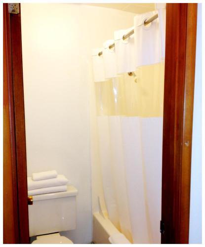 Heidi's Inn - Ilwaco, WA 98624
