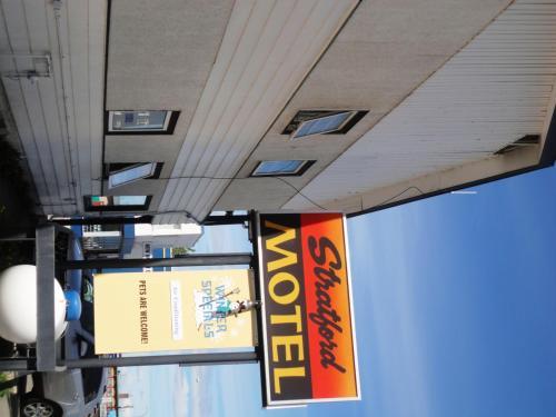 Stratford Motel Photo