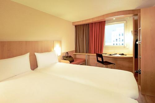 ibis Paris Porte de Bagnolet photo 12