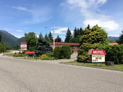 Red Roof Motor Inn - Hope, BC V0X 1L0