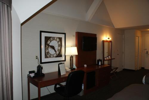 Royal Brock Hotel - Guelph, ON N1G 1Y8