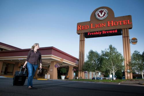 Red Lion Hotel Kelso - Kelso, WA 98626