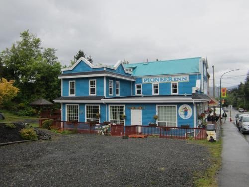 Pioneer Inns