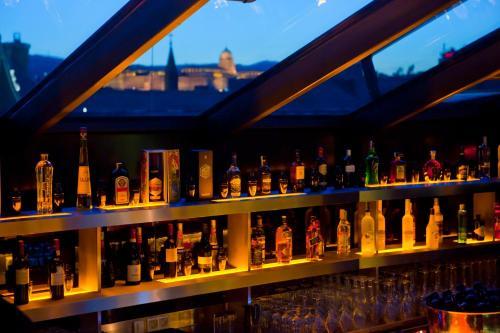 Buddha-Bar Hotel Budapest Klotild Palace photo 12