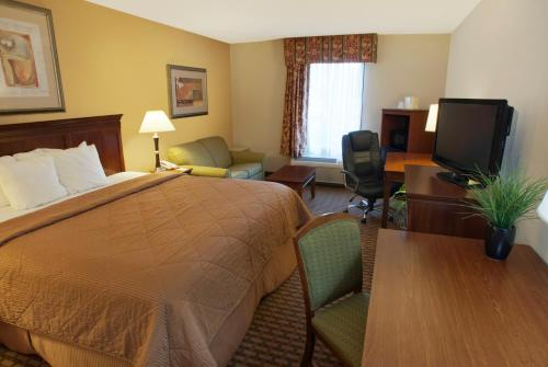 Quality Inn & Suites Dawsonville Photo