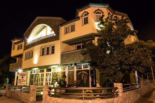 https://q-xx.bstatic.com/images/hotel/max500/179/17912417.jpg