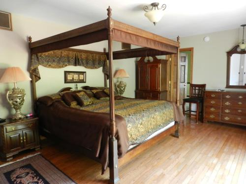 Stratford Serenity Bed & Breakfast - Stratford, ON N5A 6S6