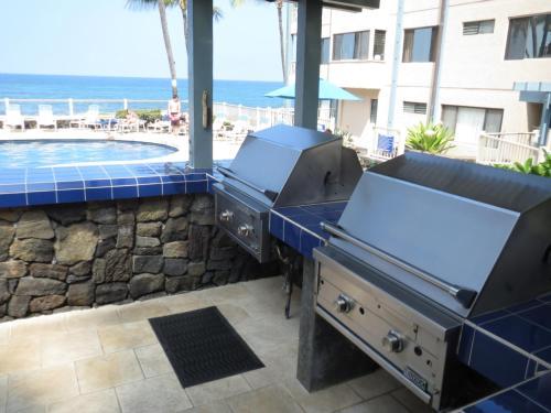 Kona Reef Resort By Latour Group - Kailua Kona, HI 96740