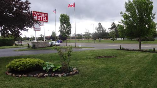 Travellers Motel - Stratford, ON N5A 3K1