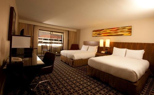Hilton Palm Springs Resort - Palm Springs, CA 92262