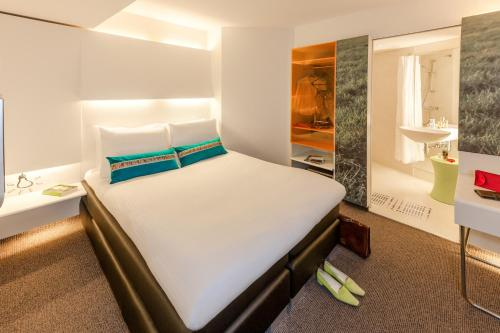 ibis Styles Amsterdam Central Station photo 3