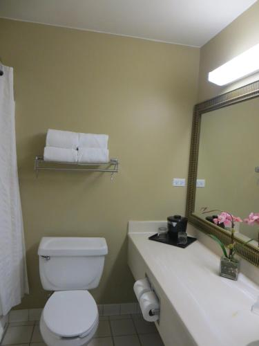 Country Inn & Suites by Radisson, Gurnee, IL Photo