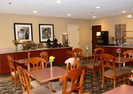 Hampton Inn Cadillac Mi - Cadillac, MI 49601