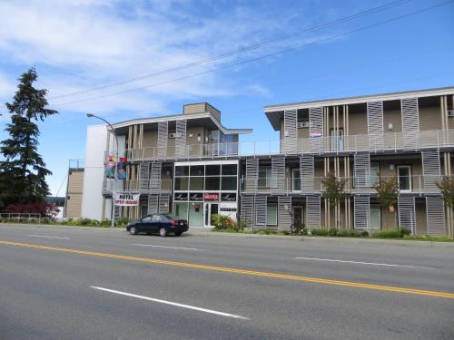 The Marinaside Resort - Nanaimo, BC V9S 4C9