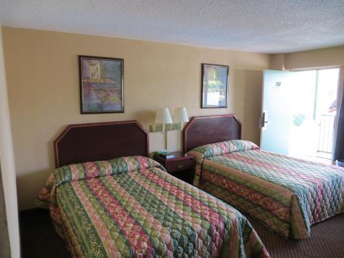Red Carpet Inn - Hot Springs, AR 71901