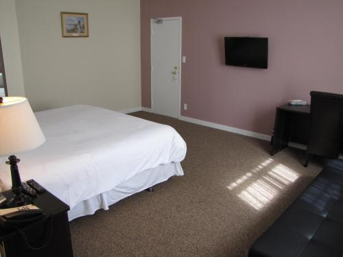 Barclay Hotel - Vancouver, BC V6E 1C5