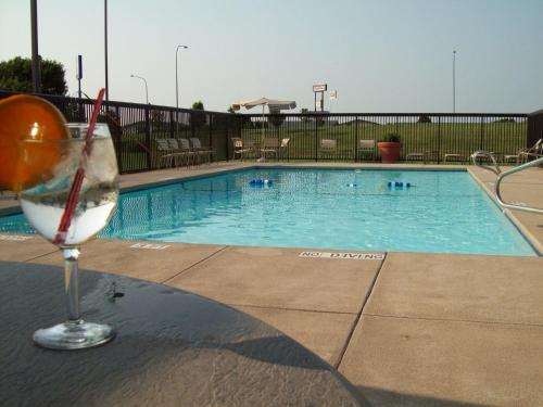 Country Inn & Suites by Radisson, Lincoln Airport, NE Photo