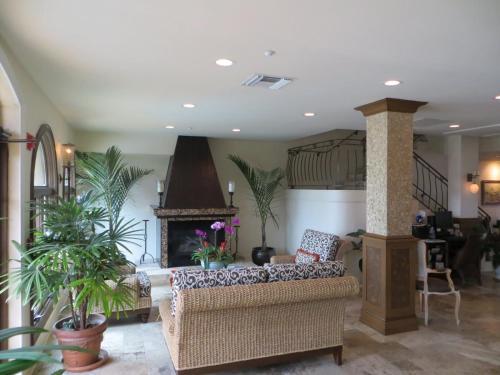 Inn On The Lakes - Sebring, FL 33870