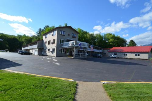 Econo Lodge Inn & Suites Lincoln Photo