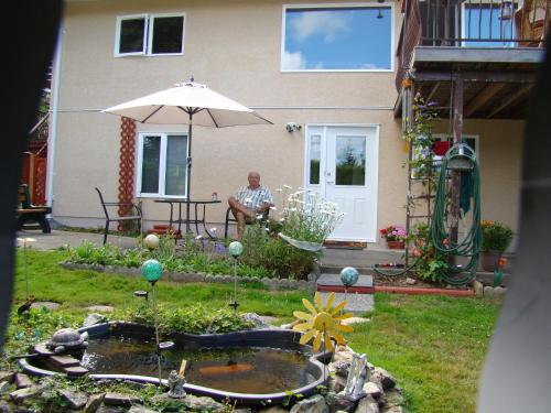 Hummers Haven Bed And Breakfast - Duncan, BC V9L 5X1