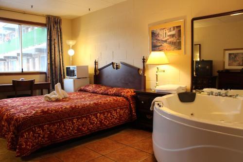 Ritz Inn Niagara - Niagara Falls, ON L2G 2N7
