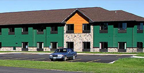 White Oak Inn And Suites - Deer River, MN 56636
