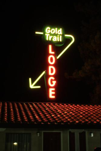 Gold Trail Motor Lodge Photo