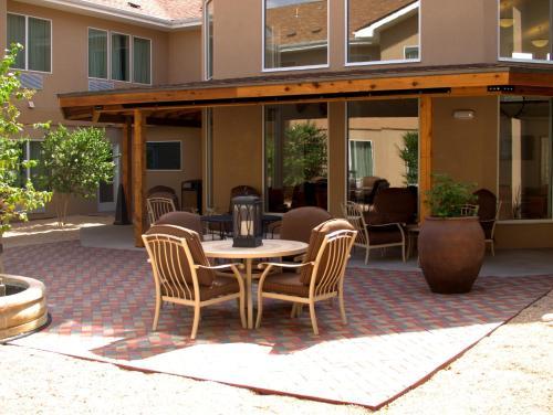 Baymont Inn & Suites Hobbs Photo