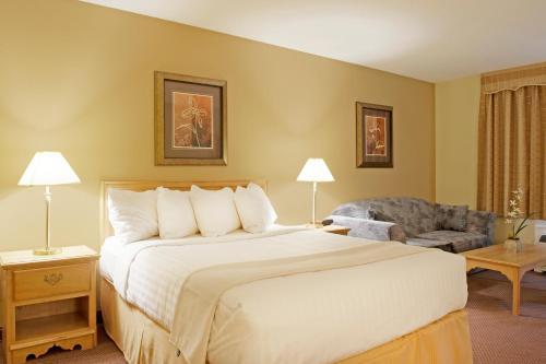 Quality Inn Merritt - Merritt, BC V1K 1K1