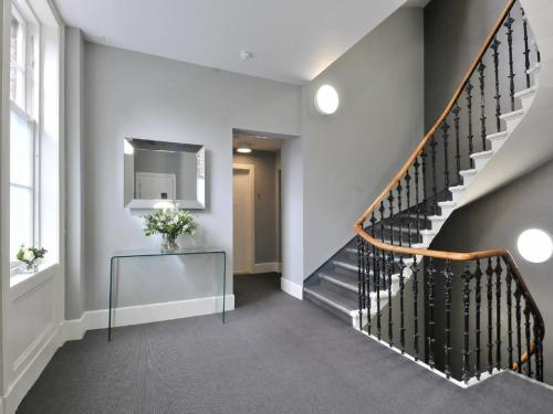 Destiny Scotland - St Andrew Square Apartments photo 22