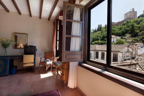 Habitación doble con vistas a la Alhambra - 1 o 2 camas Palacio de Santa Inés 38