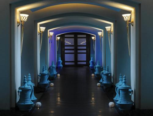 Hani Royal Hotel Photo
