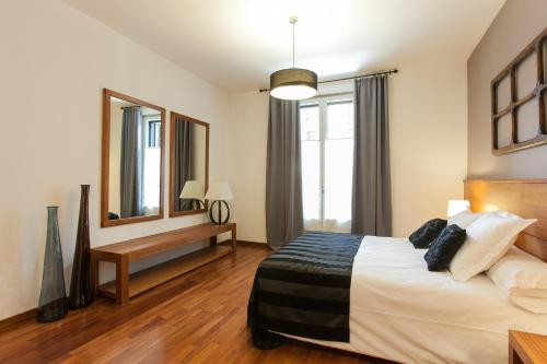 Serennia Apartamentos Ramblas - Plaça Catalunya photo 94