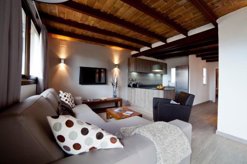 Serennia Apartamentos Ramblas - Plaça Catalunya photo 110