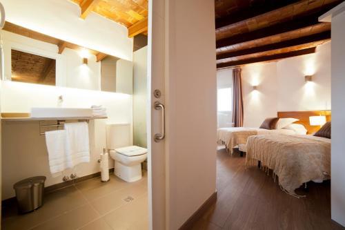 Serennia Apartamentos Ramblas - Plaça Catalunya photo 115