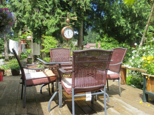 Tea Cozy Bed & Breakfast - Qualicum Beach, BC V9K 1N3