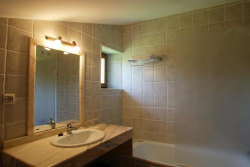 Habitación Doble - 1 o 2 camas Hotel Spa San Marcos 8